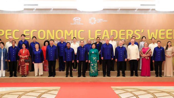 APEC Economic Leaders Family Photo