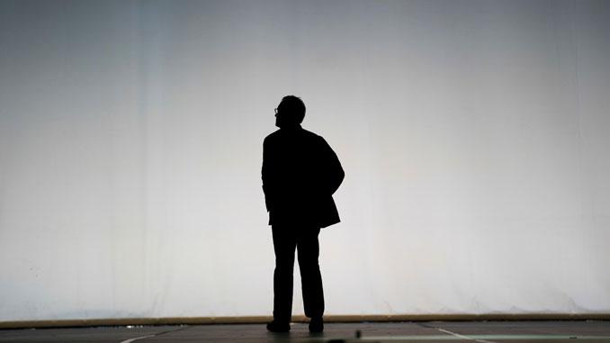 Джон Ноймайер на сцене Лирик-оперы. Фото – Тодд Розенберг