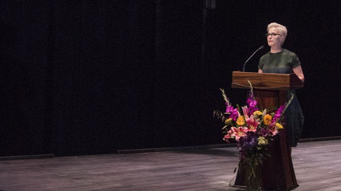 Анна Шапиро на вечере памяти Марты Лейви в Steppenwolf Theatre 9 октября 2017 года. Фото – Майкл Бросилоу
