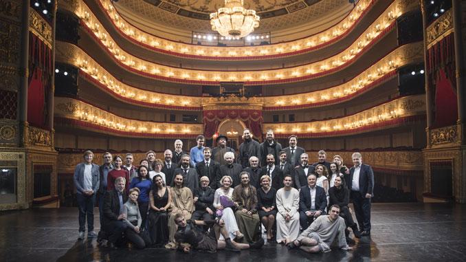 Коллектив театра Вахтангова. Фото из личного архива Кирилла Крока