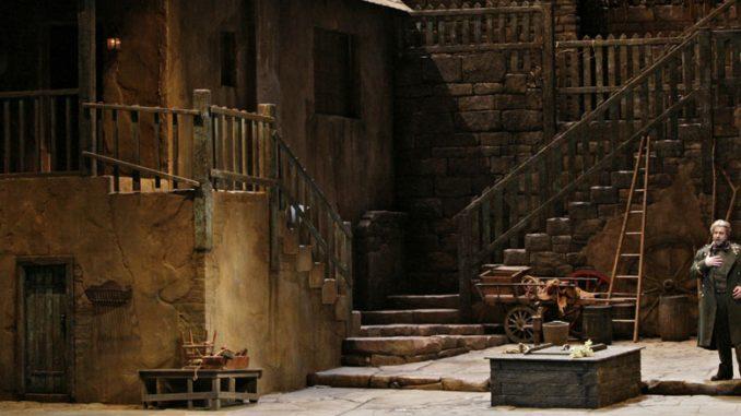 "Сцена из оперы ""Луиза Миллер"". Фото – Кен Ховард/Metropolitan Opera"