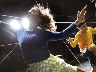"""Сцена из спектакля """"Мы/Они"""". Фото - Murdo McLeod"""