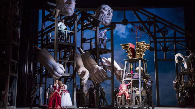 "Сцена из оперы ""Золото Рейна"" (Лирик-опера Чикаго). Фото - Тодд Розенберг"