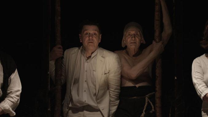 """Сцена из спектакля """"Черный монах"""". Фото - Stage Russia"""