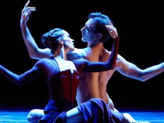 "Сцена из балета ""Vespertine"". Фото – Ким Кенни"