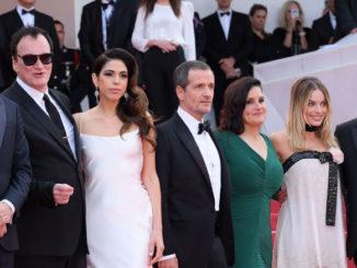 """Съемочная группа фильма """"Однажды в Голливуде"""" на Каннском кинофестивале"""
