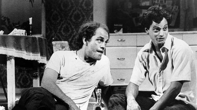 """Джон Малкович и Гэри Синиз в спектакле """"Настоящий Запад"""" (Steppenwolf Theatre, 1982 год). Фото - www.guideposts.org"""