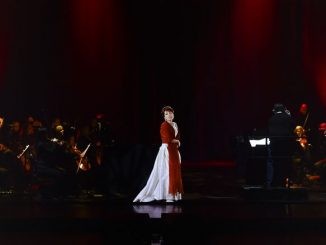 "Сцена из спектакля ""Callas in Concert: The Hologram Tour"". Фото - Base Hologram"