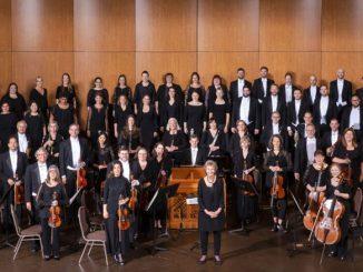 "Оркестр и хор ""Music of the Baroque"", дирижер - Джейн Гловер. Фото - Эллиот Мандел"