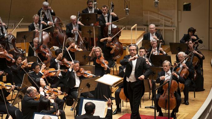 Чикагский симфонический оркестр под управлением Р.Мути. Фото - Тодд Розенберг