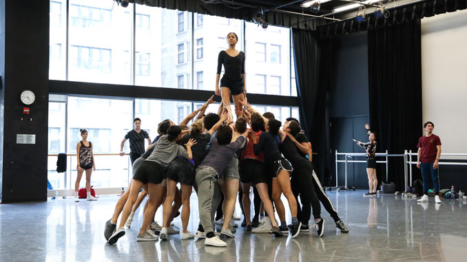 "На репетиции балета ""The Times Are Racing"". Фото - courtesy of The Joffrey Ballet"
