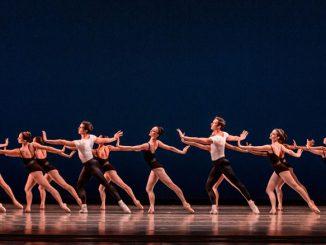 "Сцена из балета ""Four Temperaments"". Фото - Шерил Манн"