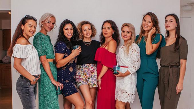 The Vmeste Women Club
