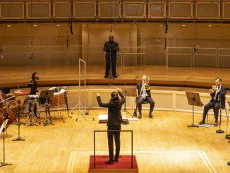 """На концертах серии """"CSO Sessions"""". Чикагский симфонический центр, ноябрь 2020 года. Фото - Тодд Розенберг"""