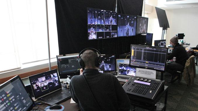 Платформа ShakesSTREAM в действии. Фото - Chicago Shakespeare Theater