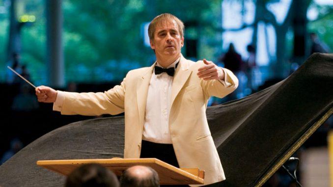 Джеймс Конлон на фестивале Равиния. Фото - Тодд Розенберг