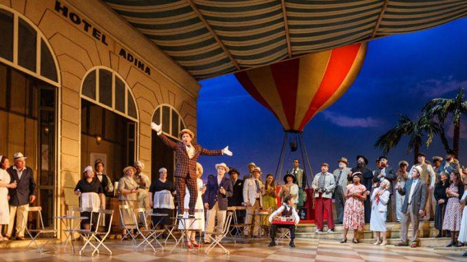 """Сцена из спектакля """"Любовный напиток"""" (Питтсбургская опера). Фото - Дэвид Бахман"""